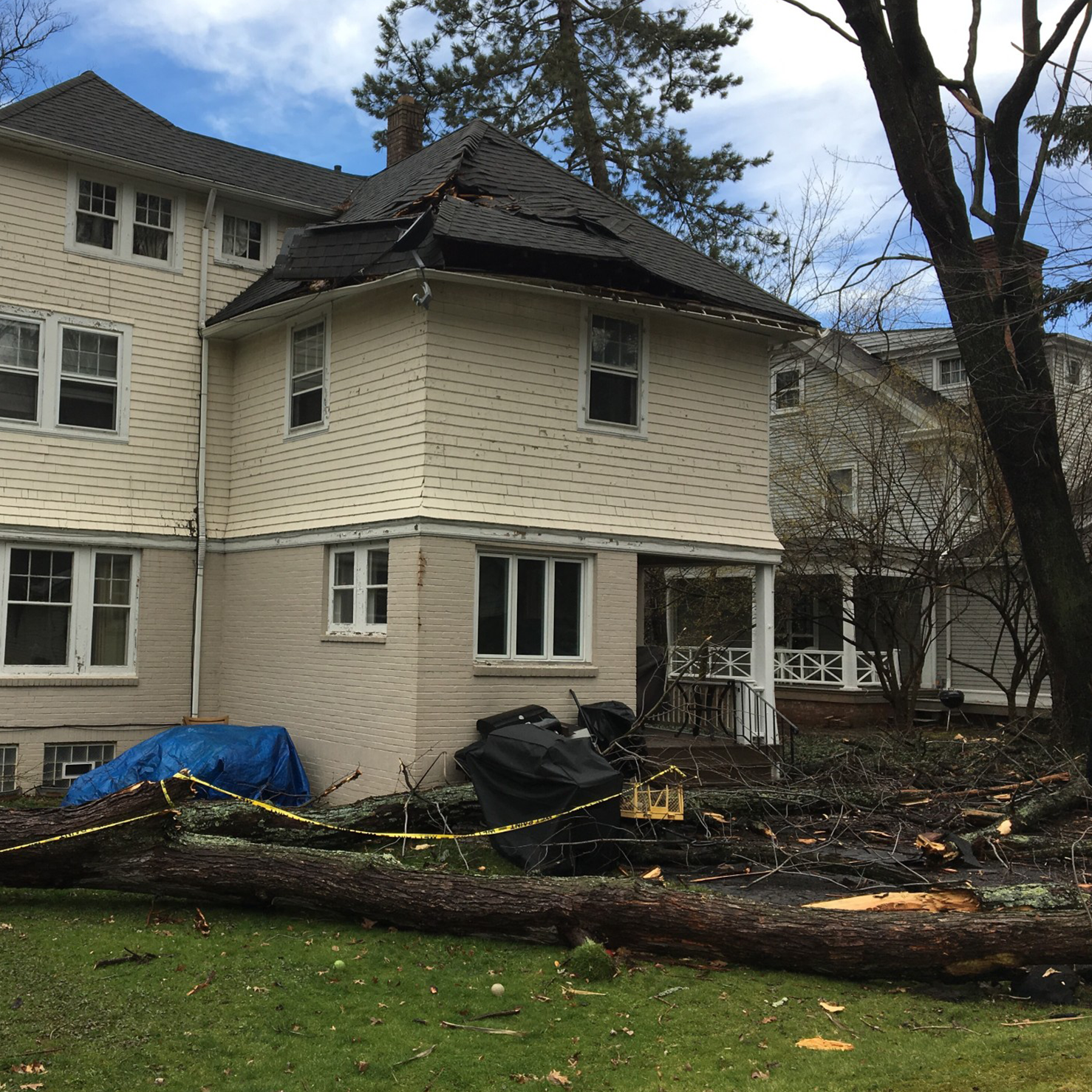 home-damage-from-wind
